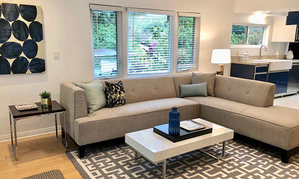 express-home-staging-los-angeles-living-room
